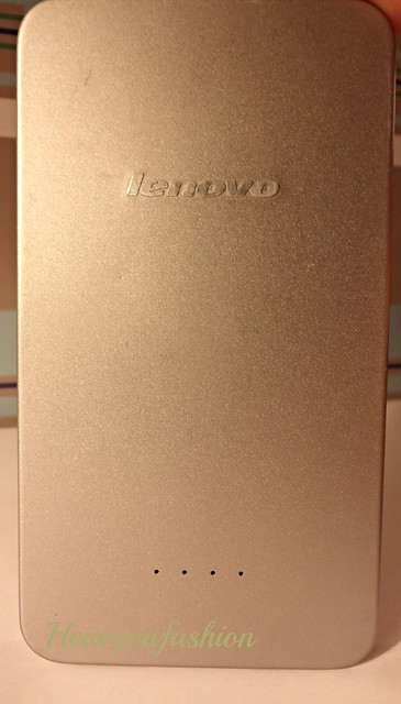 Heavy on Fashion reviews Lenovo Portable Power Bank Charger