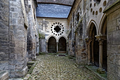 Aisne - Cathédrale et palais épiscopal de Laon