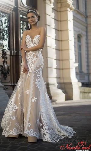 Salon de Mariaj Cocos-Tot luxul și eleganța modei de nuntă într-un singur loc! > JULY
