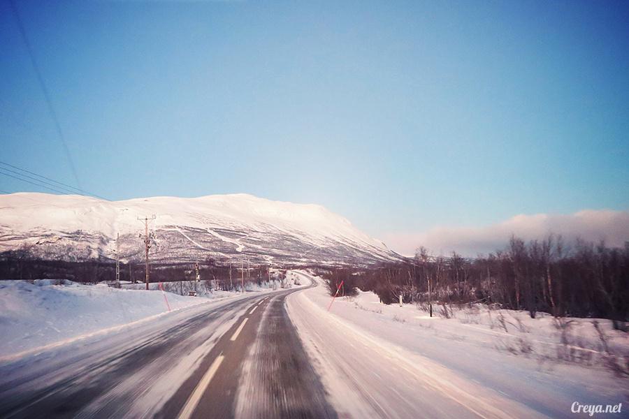 2016.02.23▐ 看我歐行腿 ▐ 阿呀~一不小心就從瑞典到了挪威, Narvik 小鎮遇見地理課本中的峽灣 05.jpg