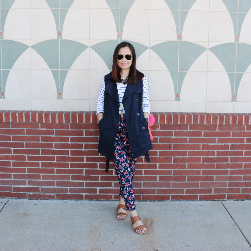 preppy-look-stripes-top-sleeveless-trench-floral-pants-11