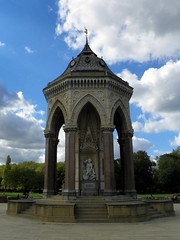 GOC Walthamstow to Stratford 172: Burdett-Coutts Fountain, Victoria Park