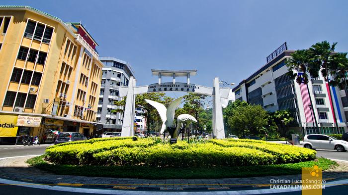 Kota Kinabalu Egret Statue