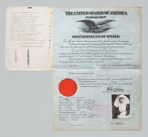 U.S. Passport issued to Hulda Euebuske, 1918