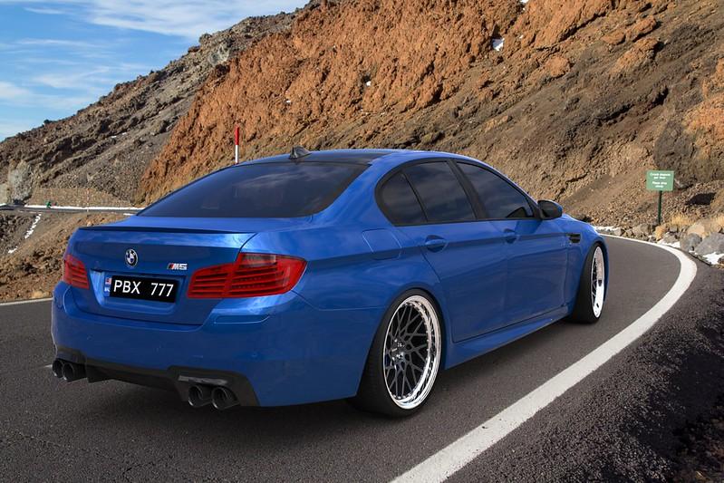 VIBER - BMW E60 - Page 2 26297246046_66978f90ae_c
