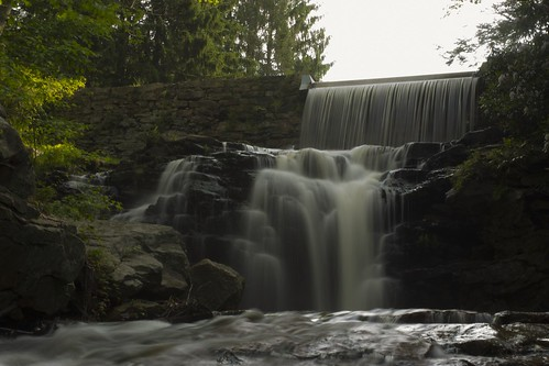 longexposure travel nature water beautiful beauty photography waterfall nikon pennsylvania dam gorgeous pa slowshutter nikkor spillway photooftheday hickoryrunstatepark lowpov nikonphotography nikkorafs1855 nikond7200 stametzdam saltydogphoto