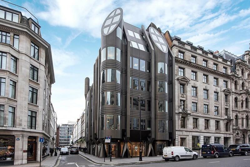 Пентхаус на Сент-Джеймс-стрит в Лондоне