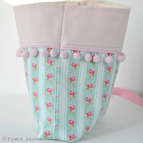 Pretty tote sewing tutorial 14