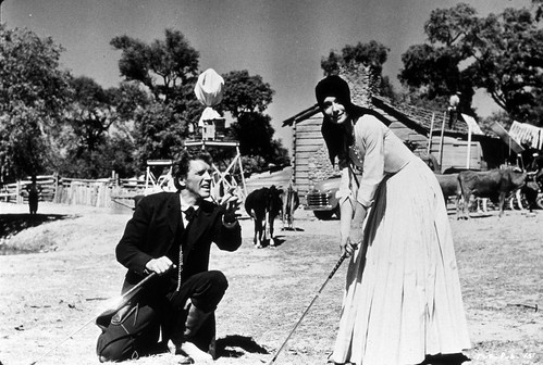 The Unforgiven - Backstage - Burt Lancaster and Audrey Hepburn