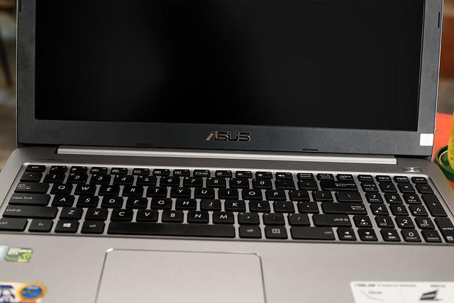 Nhìn nhận những ưu – nhược điểm trên laptop ASUS K501UX - 114329
