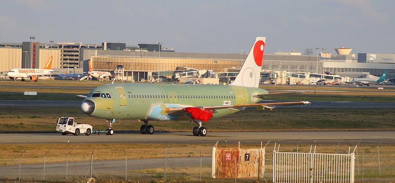 A320 VIVA AEROBUS MSN 7060 F-WWDY