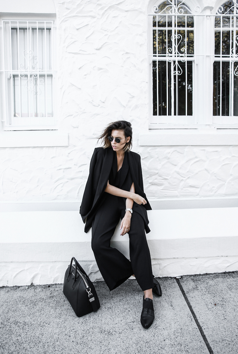 all black street style office work wear inspo suit Givenchy Antigona medium fashion blogger modern legacy  (11 of 11)