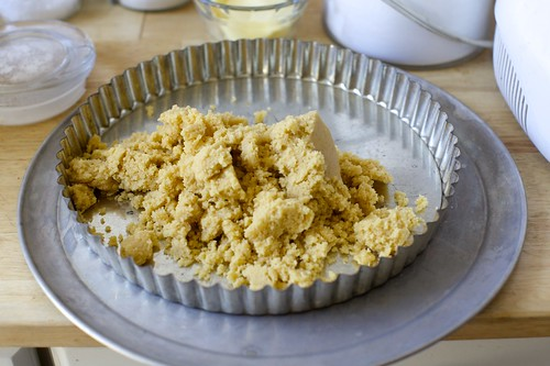 buttery shortbread crumbs
