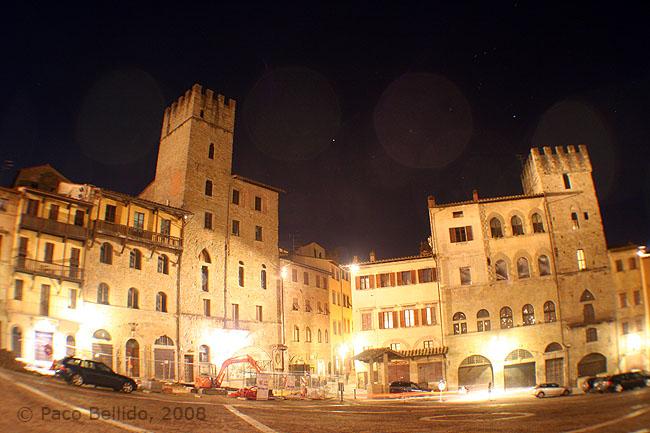 Piazza Grande de noche. © Paco Bellido, 2008