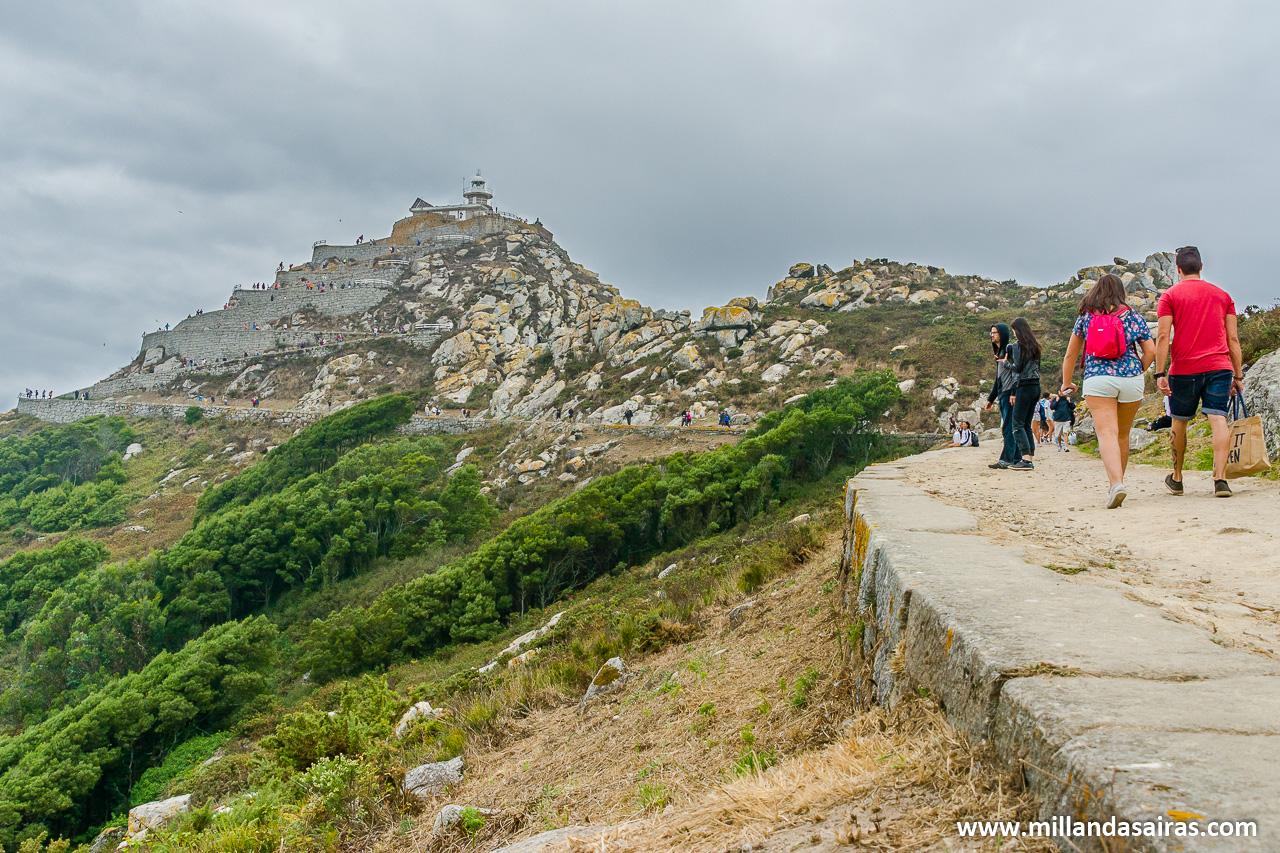 Camino al faro de Monte Faro en las Islas Cíes