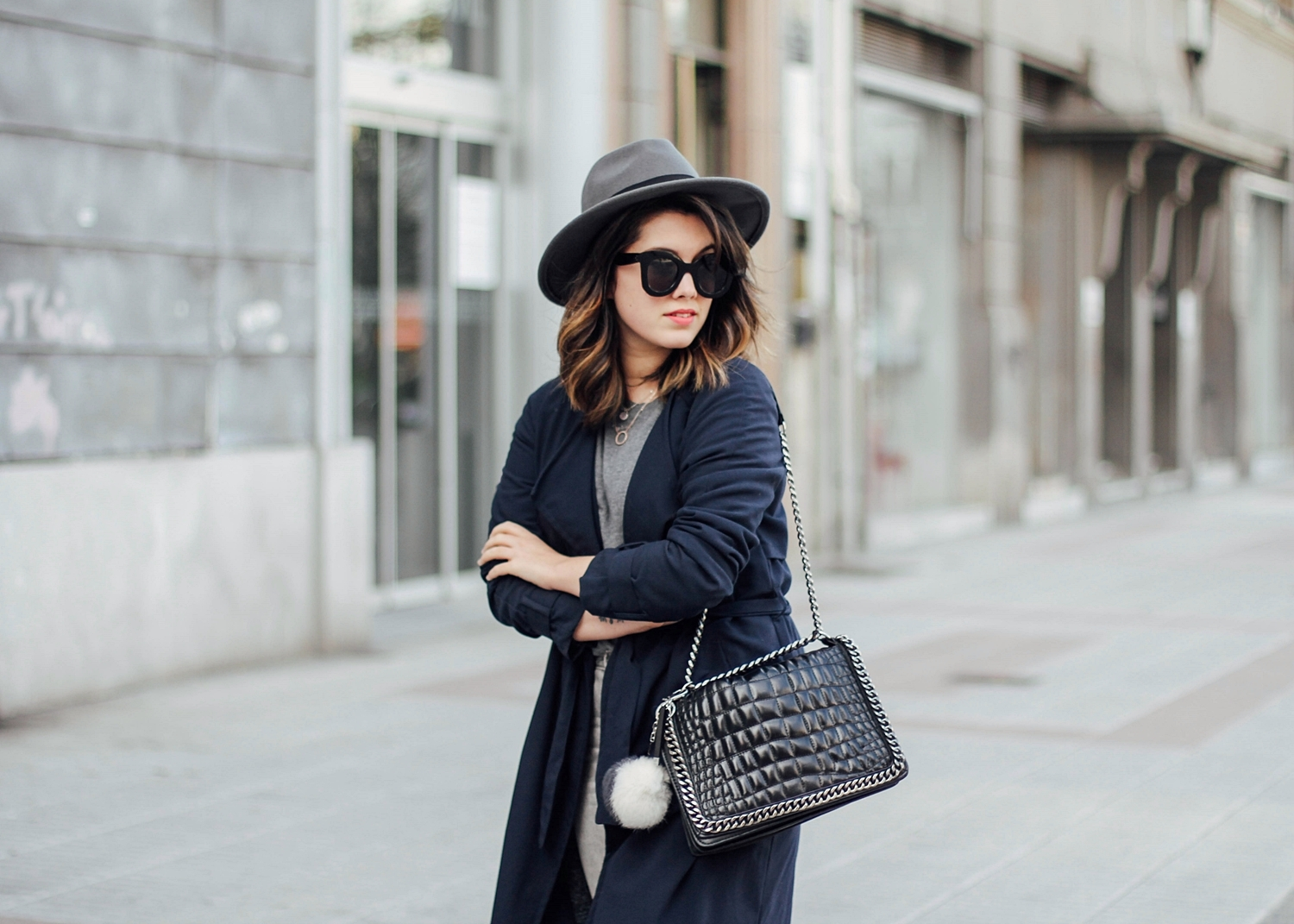 navy blue long trench cocodrile bag zara streetstyle
