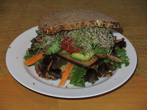 Veganes Sandwich (= Umsetzung geschenktes Rezept)