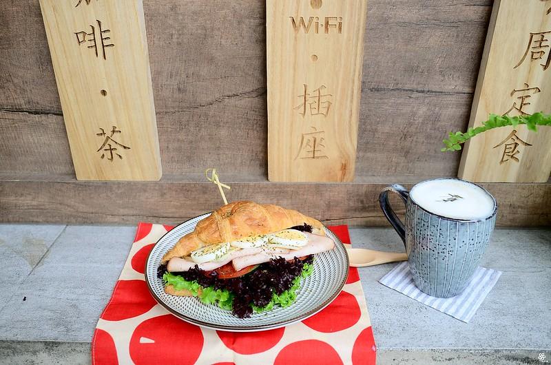 小空間板橋早午餐咖啡廳不限時推薦小倉庫菜單時間新埔 (34)