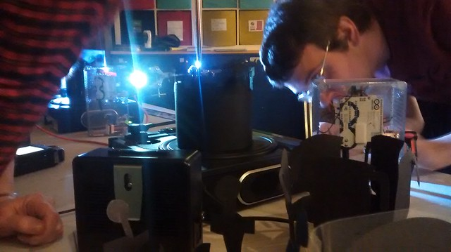 Turntable theremin madness