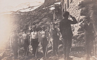 Mountaineers on parade (July 1907)