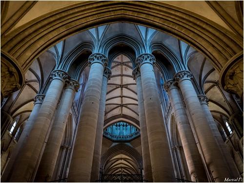 cathedral dom interior notredame cathédrale normandie normandy manche intérieur bassenormandie coutances