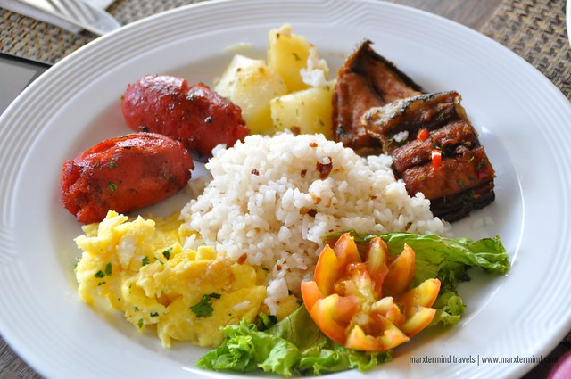 Pinoy Breakfast Buffet at The Lobby Cafe B Hotel Quezon City