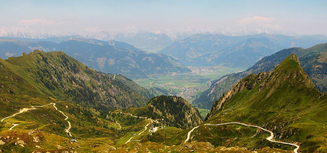 View from Kitzsteinhorn to Lake Zell (Zeller See) - Austria