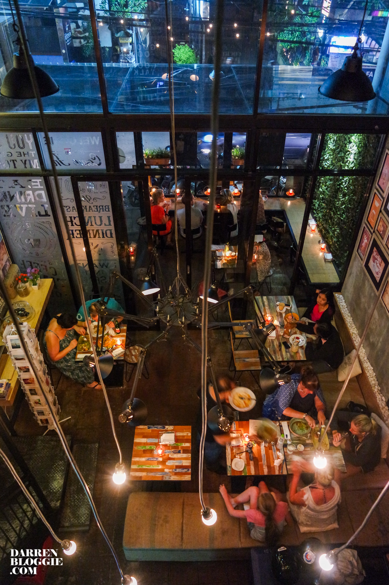 the-library-cafe-bali-8365