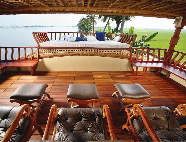 Reflections Luxury Kerala Houseboat - sleeps 6