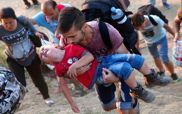 Criza-Refugiatilor_romaniabreakingnews_ro (1)