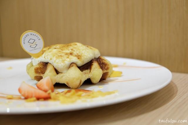 Madame Waffle (9)