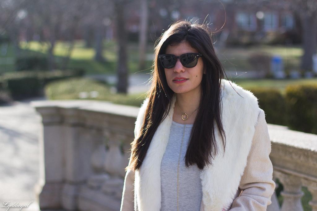 grey sweater, cream fur collar coat, black boots, pink bag-2.jpg