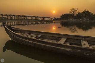 U Bein Bridge at sunset [MY]