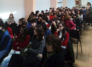 incontro Polizia Postale scuola media Alighieri casamassima (1)