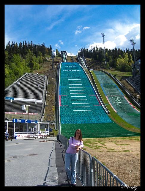 Fiordos noruegos lago Mjosa Lillehammer Troll Trondheim - Trampolín de esquí en Lillehammer