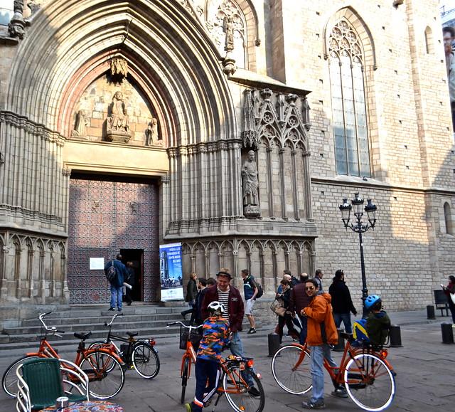 barcelona city tour - churches of barcelona