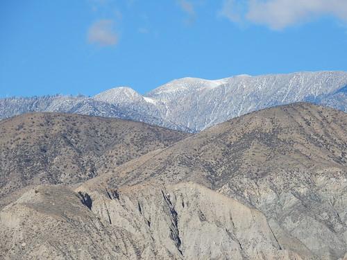 Besneeuwde toppen in Coachella Calley