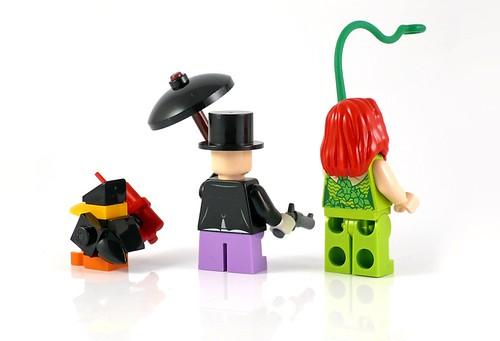 LEGO DC Superheroes 76035 Jokerland figures 04