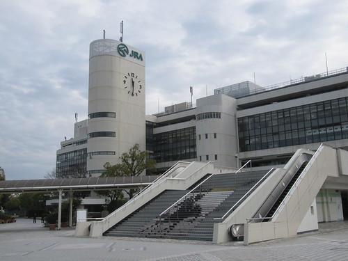 京都競馬場の時計台
