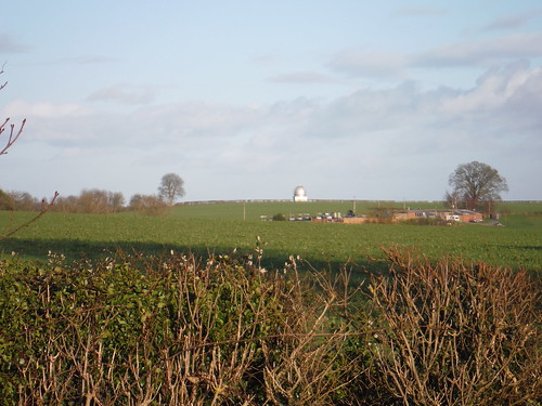 Aylesbury Astrological Society's Observatory and Chilterns beyond, from near Nether Winchendon