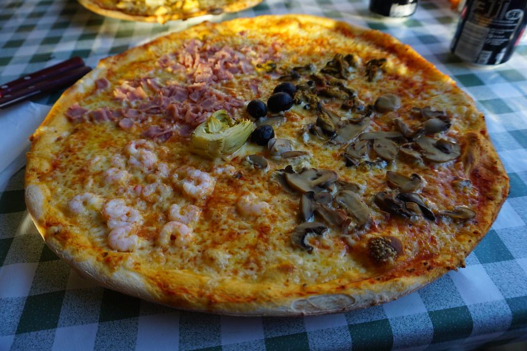 icke-glutenfri, non low fat pizza