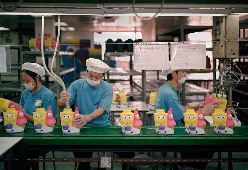 Toy Story︰中國女工與她所製作的玩具8