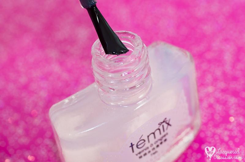 Avon - Sequin + Témix - Peel Off basecoat
