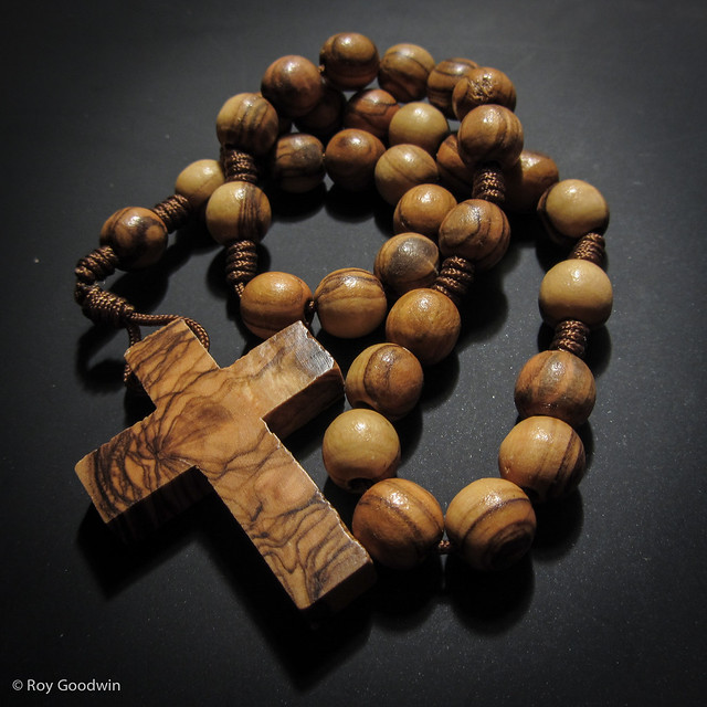 10mm Olive Wood Anglican Rosary