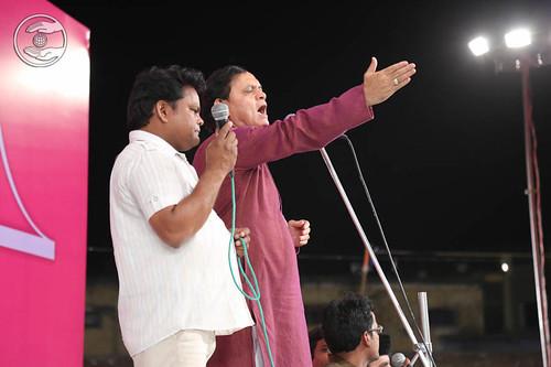 Devotional song by Jagat Geetkar and Ajay Kumar from Delhi