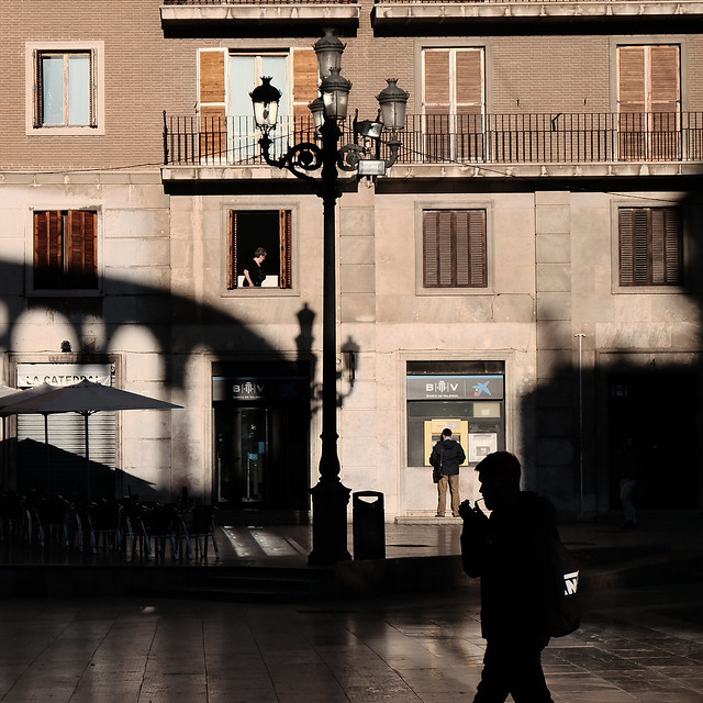 at Plaza de Virgen, <Valencia light &amp; shadow>