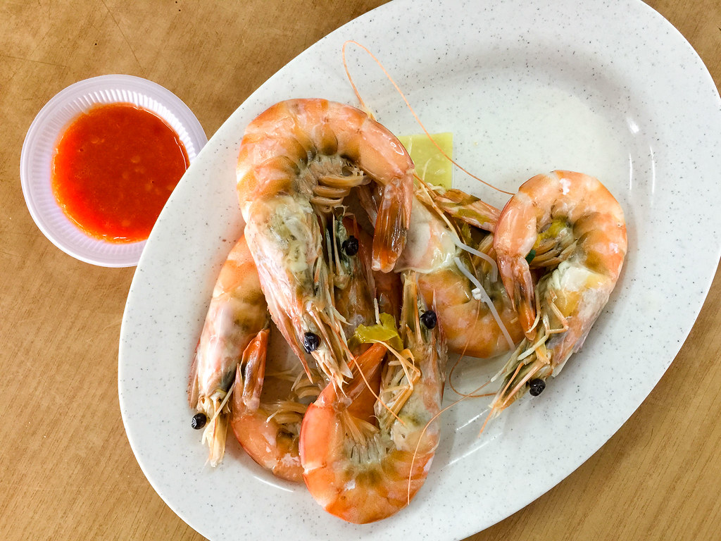 Medium sized prawns from the original milky salmon fish bone soup noodle