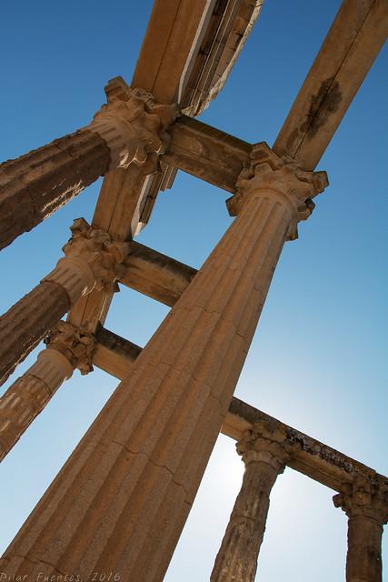 Templo de Diana - Palacio de los Corbos