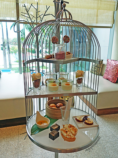 Woo Bar Hi Tea Bird Cage