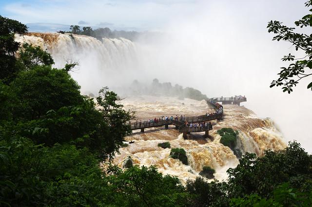 Majestuosas cataratas del Iguazú